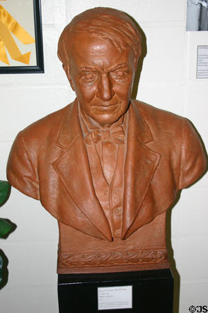 Bust of Thomas Alva Edison (prior to 1966). Fort Myers, FL.