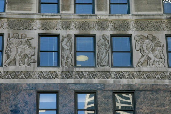 Reliefs of early history of Chicago by Fred M. Torrey on 333 North Michigan Av. including the attack on Fort Dearborn at right. Chicago, IL.