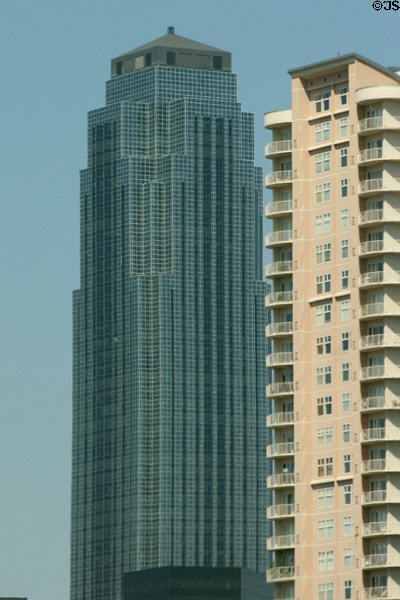Williams Tower (1983) (64 floors) (2800 Post Oak Blvd. at West Alabama St.). Houston, TX. Architect: Johnson/Burgee Architects + Morris-Aubry.